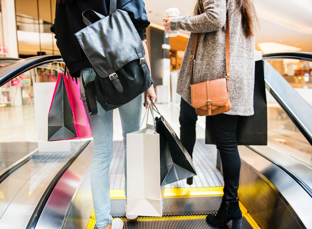 """Black Friday to conquer Italy: 1 out of 3 consumers bought during the """"Black Friday"""""""