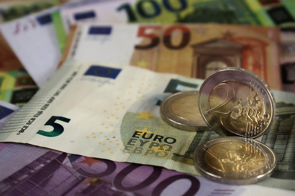 Eurostat – Pil in aumento del 2,2% e occupazione in aumento dello 0,7% nell'area dell'euro